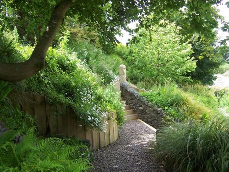 Various mary reynolds reformed landscape designer for Celtic garden designs